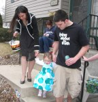 Easter 09, The hunt begins with Daddy and Totie.